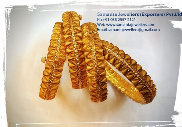 LATEST GOLD BANGLES CHURI DESIGNS