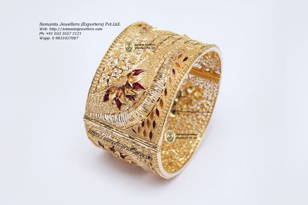 Latest gold Bangle kada designs